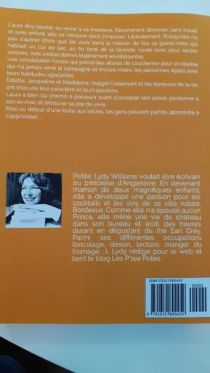 Livre contre Le parfum du mimosa Lydy Williams Tea Lab