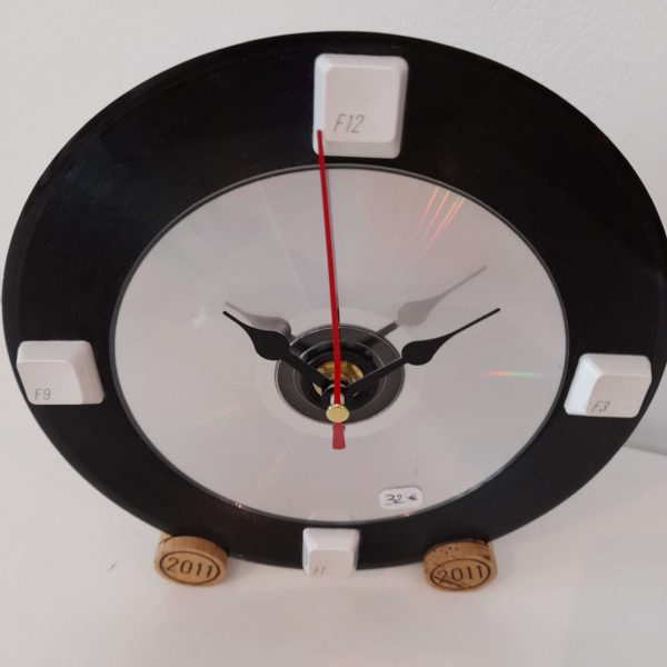 Horloge vinyle 45 tours vue du haut