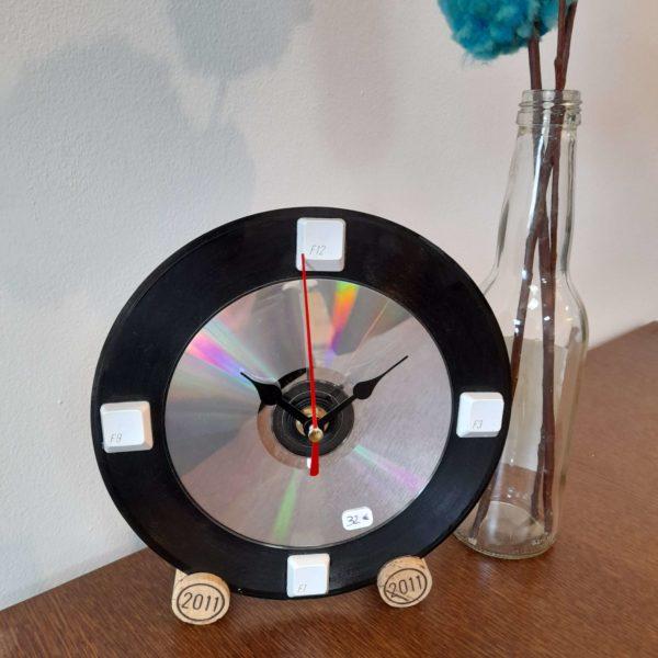 Horloge vinyle 45 tours à table